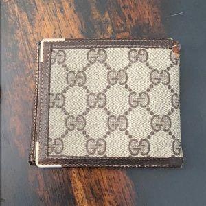 Vintage 1980's gucci men's wallet